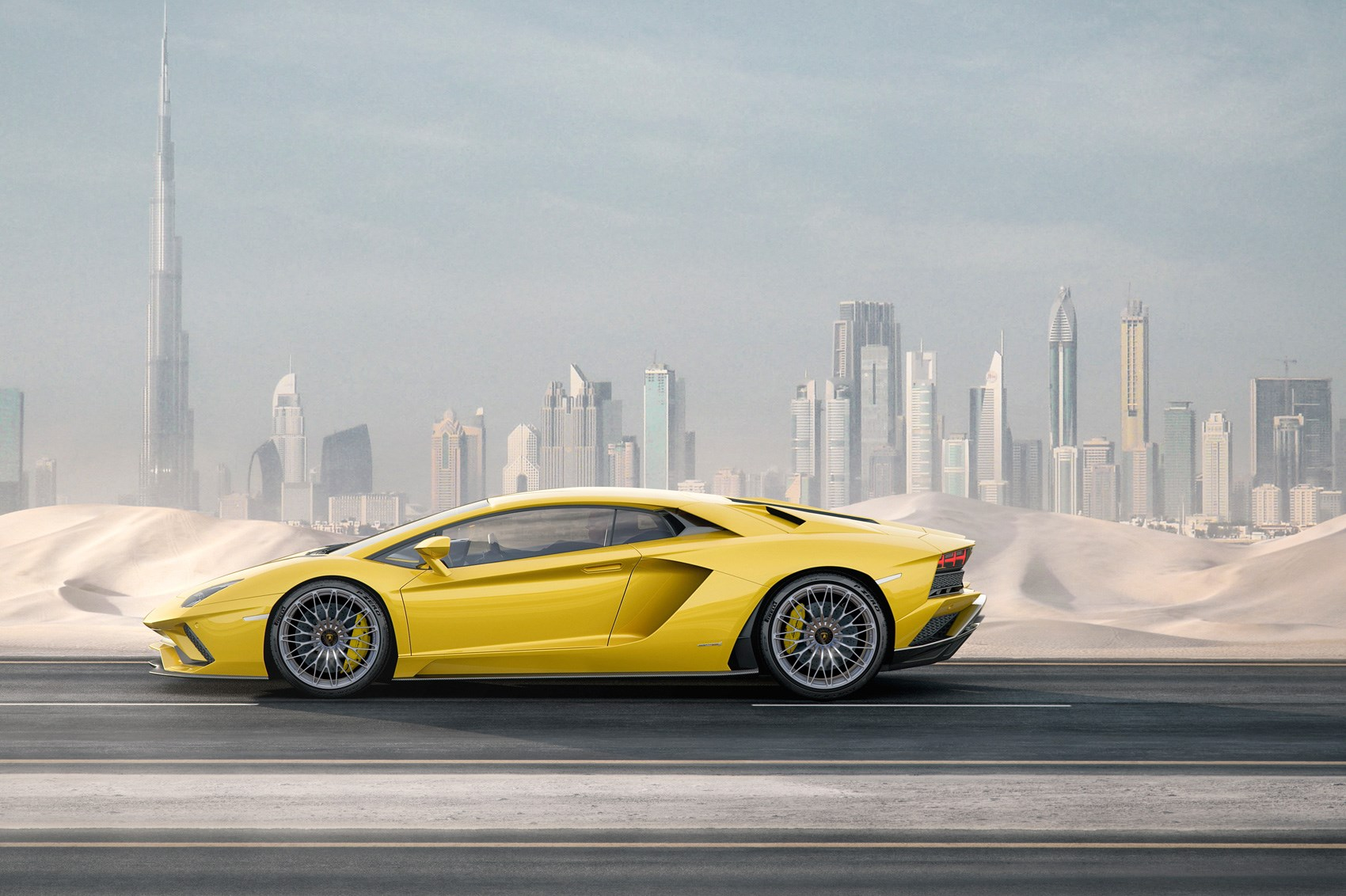 How much it Costs to Drive a Luxury car in Dubai in 2017